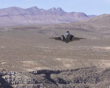 Dutch Airforce F35 Planes Fly Over Death Valley 1