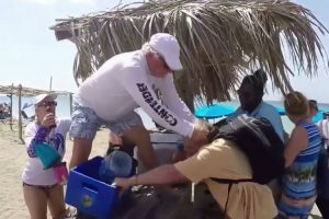 Two American Tourists Fight In Nevis Over A Beach Umbrella 12