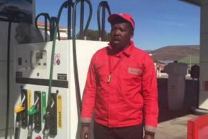 Amazing! Petrol Attendant In Cradock Sings Like Pavarotti 10