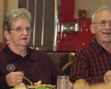 This Senior Couple Hilariously Botches A Simple Line While Making A Commercial 8