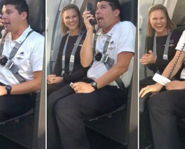 Southwest Flight Attendant Gives Instructions To Passengers Loony Tunes Style 5