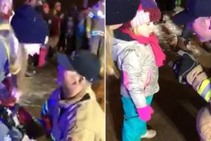 Fireman Stops Parade to Propose to Girlfriend and Her Daughter 10