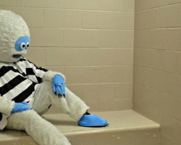 Abominable Snowman Booked on DUI Charge 9