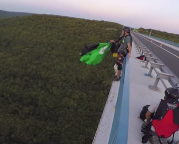 Instructor Stops Base Jumper From Making The Biggest Mistake Of His Life 8