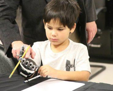 5-Year-Old Star Wars Fan Gets Prosthetic Stormtrooper Arm 9