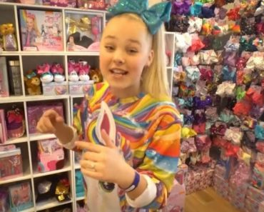 """Dance Moms"" Star JoJo Siwa Flies 8-Year-Old Showstopper to Hollywood 5"