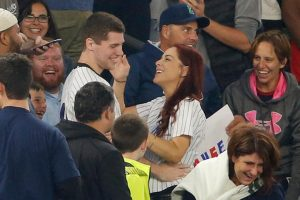 Baseball Fan Loses Ring While Trying To Propose To His Girlfriend 10