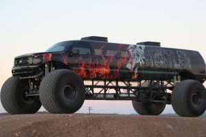 "Take a Look At The World's Longest Monster Truck – $1M ""Sin City Hustler"" 10"