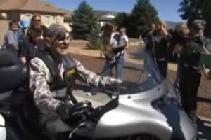 101 Year Old Man Gets One Last Ride On A Harley 12