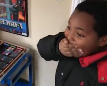 Formerly Homeless Little Boy Sobs With Joy When he Sees His New Home 5