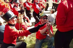 Man Pulls Off Slick Marriage Proposal With Help From Illinois University Marching Band! 11