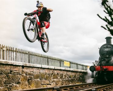 Danny MacAskill's Wee Day Out 3