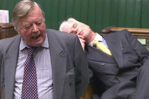 MP Was Caught Struggling To Stay Awake During a Debate On The EU Withdrawal Bill 9
