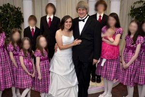 See The Parents Accused of Shackling Their 13 Kids Get Taken Away by Cops 11