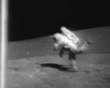 Hilarious Video Shows Astronauts Tripping On The Surface Of The Moon 7