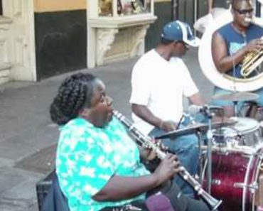 She Sets Up On The Street And Proceeds To Destroy Everything You Thought You Knew About The Clarinet 2