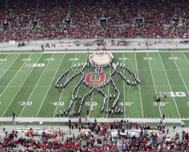 Ohio State's Marching Band Performs Amazing Superhero-Themed Halftime Show 3