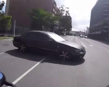 No One Takes A Bike Crash Like An Aussie 6