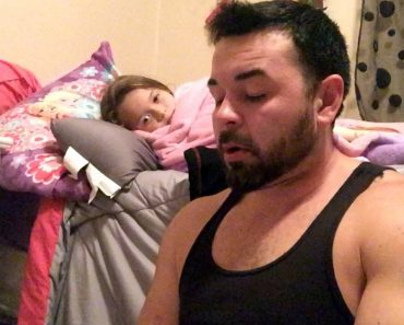 This Veteran Struggles With A Stutter, So His Daughter Adorably Helps Him Out 8