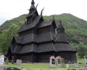 Norse Church In Shape After 800 Years, Is Made Entirely From Wood Without A Single Nail 6