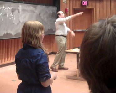 Fake Chemistry Professor Pranks Students On First Day Of Class 2