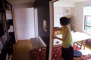 Mobile Walls Transform Home Into Office 9