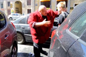 Russian Has an Unexpected Response When Approached by Traffic Etiquette Activists 'Stop A Douchebag' 10