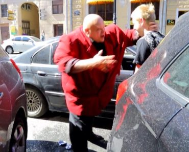 Russian Has an Unexpected Response When Approached by Traffic Etiquette Activists 'Stop A Douchebag' 6