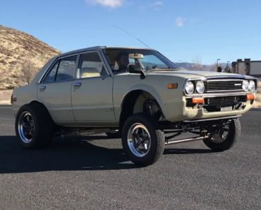 A Tesla-Powered 1981 Honda Accord Quickly and Quietly Accelerates From 0-60 MPH in 2.7 Seconds 7