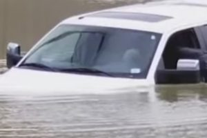 Cincinnati Flood Worse Than Driver Expected 11