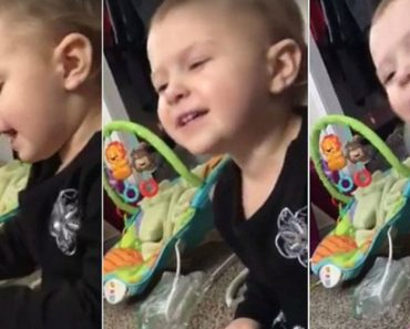 Mom Discovers Infant Daughter Singing Dolly Parton's Jolene 1