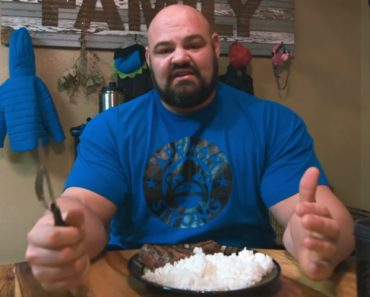 The World's Strongest Man Brian Shaw Reveals What All He Eats in a Single Day to Reach 9,000 Calories 7