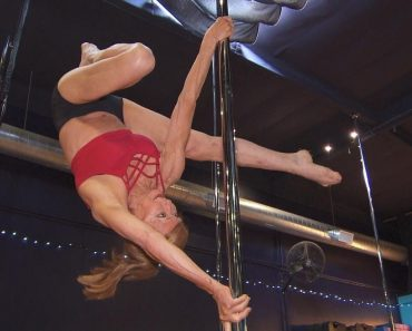 Why This 67-Year-Old Woman Took Up Pole Dancing 7