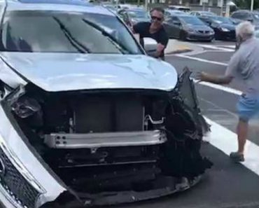 Absolute Mayhem: Miami Drivers Hell-Bent On Stopping Him Attack His Car With A Sledgehammer 6