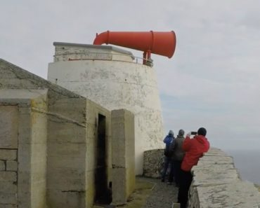 The Wonderful Process of Sounding the Renovated Sumburgh Head Foghorn on Shetland Island 4