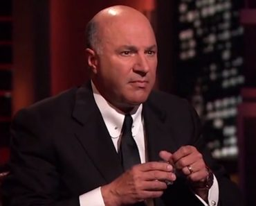 A Shark Tank Pitch With No Dialogue, Only Extremely Awkward Reactions 2