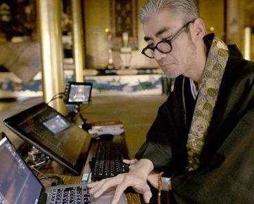 Japan's DJ Monk Spins the Holiest Beats 3