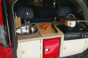 This Guy Built A Fully Functional Kitchen In The Back Of His Tiny Electric Car 12