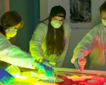 Painting With Glow Sticks Creates Bright Vibrant Art! 4
