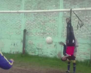 Argentina Doesn't Mess Around When It Comes To  Football. Check Out These Extreme Goalkeeper Training Drills! 5