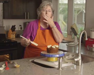 Granny With A Potty Mouth Teaches You To Make Vegan And Gluten-Free Cake 2