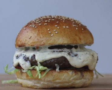 The Best Creamy Chili Cheese Burger You've Ever Eaten 9