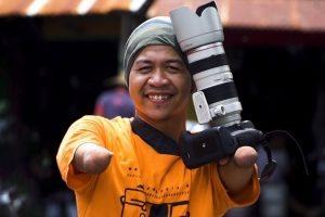 Capturing Indonesia as an Amputee Photographer 11