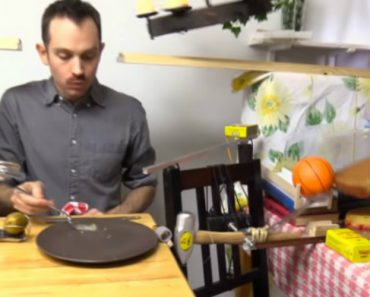 Inventor Builds A Hilariously Complex Rube Goldberg Machine That Serves Cake 1