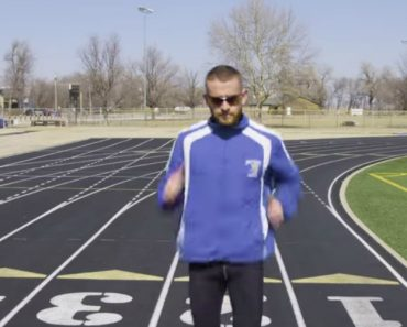 Meet the World's Fastest (Backwards) Runner 5