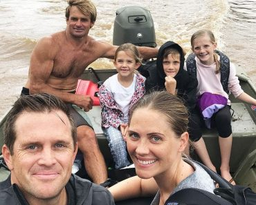 Surf Legend Laird Hamilton Rescues Stranded Families After Hawaii Storm 4