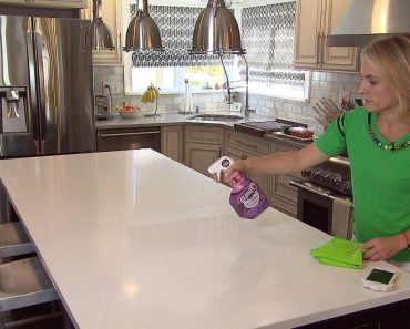 You're Doing It Wrong: The Right Way to Hang Clothes, Clean Counters, Do Dishes 1