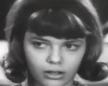 Candid Camera Clip From 1965 Shows How Boys And Girls React To A Hot Teacher 3
