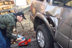 Redneck Mounting a Tire With Fire Fail 11