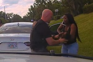 Unresponsive 3-Month-Old Baby Gets Help from Sherriff's Deputy 10